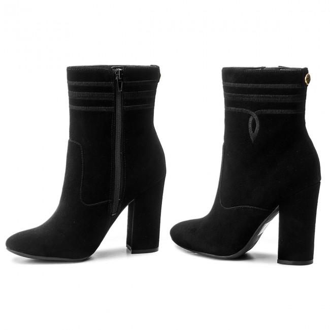 Členková obuv GUESS - Lucablu2 FLLU23 SUE10 BLACK - Kotníková obuv ... b4b4388dc55