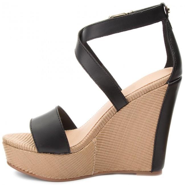 Sandále TOMMY HILFIGER - Feminine Wedge Sandal Stars Studs FW0FW02236 Black  990 - Na klíne - Šľapky a sandále - Dámske - www.eobuv.sk 62f55b80d68