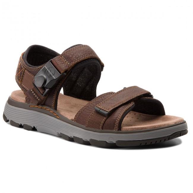 7b0bc1a9f24ac Sandále CLARKS - Un Trek Part 261318607 Dark Tan Leather - Sandále ...
