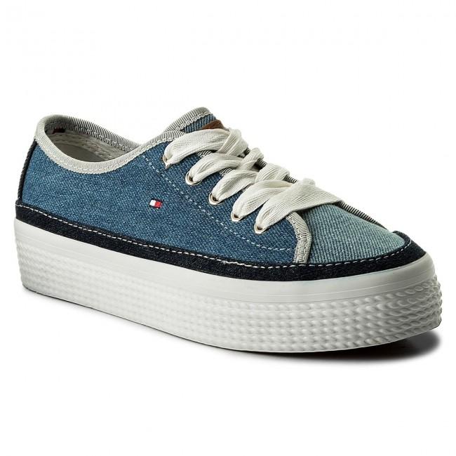 f60f63c7bb Tenisky TOMMY HILFIGER - DENIM Star Flatform Sneaker FW0FW02770 Denim 404
