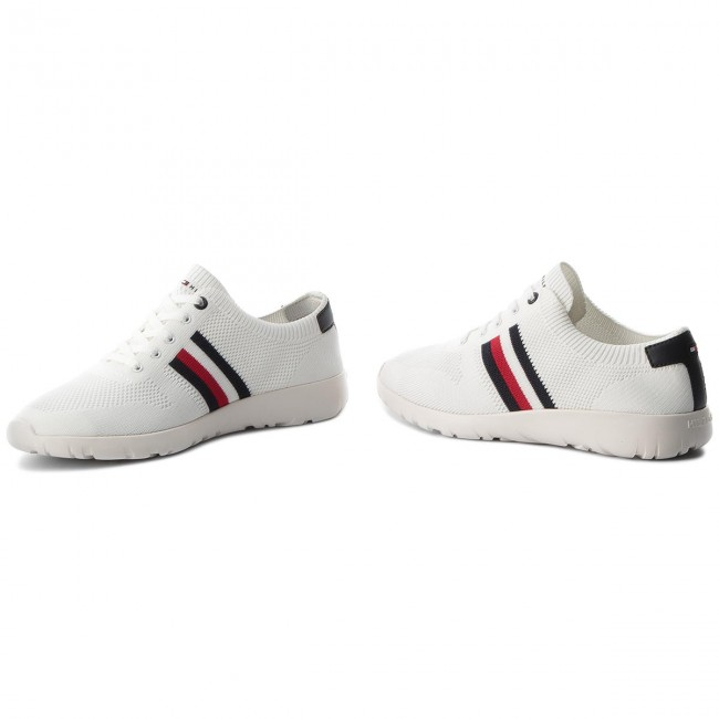 Sneakersy TOMMY HILFIGER - Extra Lighweight Knitted Runner FM0FM01621 White  100 9f79285d8ce