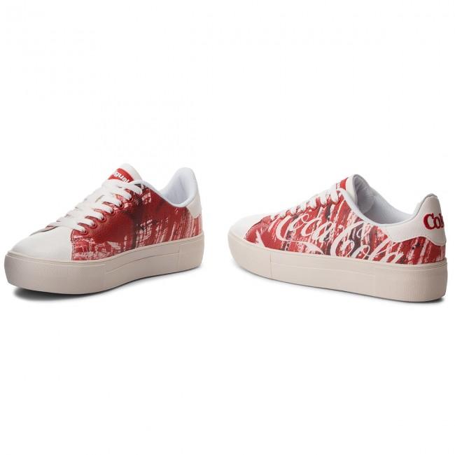 8375f03ed762 Sneakersy DESIGUAL - Star Coca-Cola 18WSKP19 3054 - Sneakersy ...