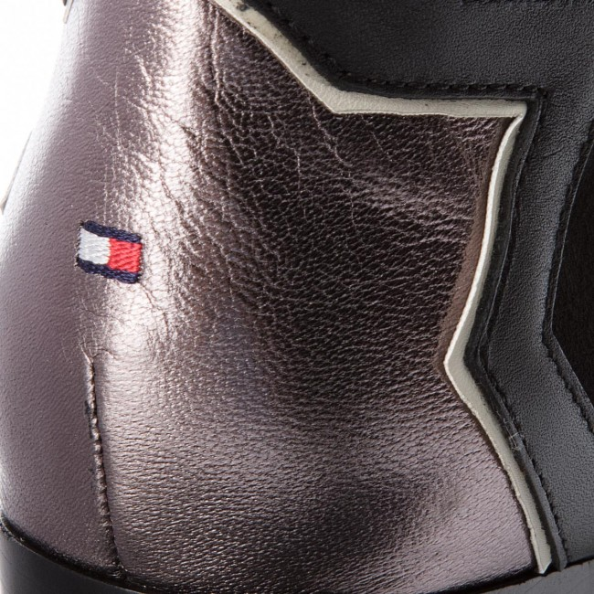 edca9144ac Členková obuv TOMMY HILFIGER - Elevated Suede Heeled Bootie FW0FW02939 Black  990