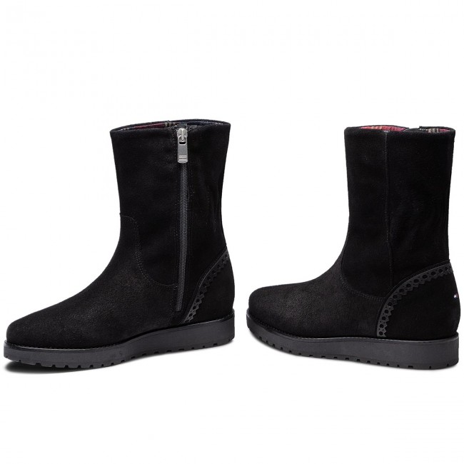 205d8de864 Členková obuv TOMMY HILFIGER - Essential Suede Boot FW0FW03279 Black ...