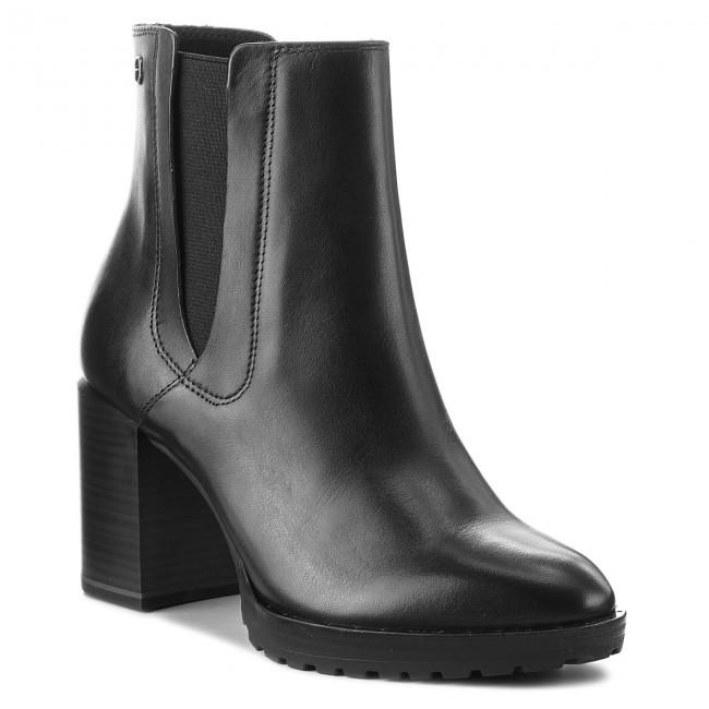 7a0fc06e2359b Členková obuv TAMARIS - 1-25328-21 Black 001 - Kotníková obuv ...
