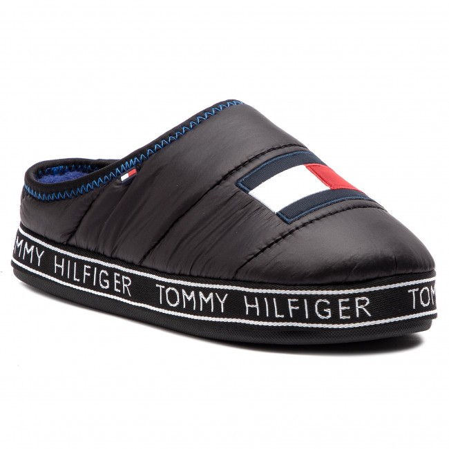 6653b4e33bf Papuče TOMMY HILFIGER - Flag Patch Downslipper FM0FM02004 Black 990 ...