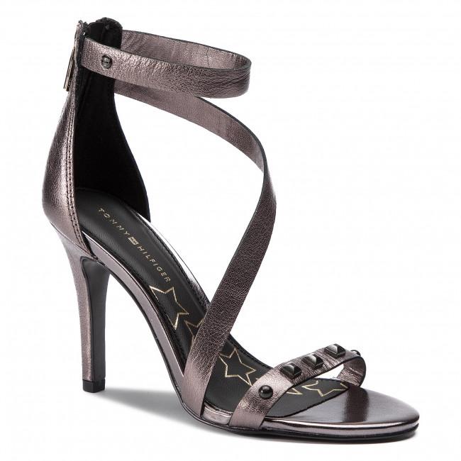 cc2ed2751b71 Sandále TOMMY HILFIGER - Studs Heeled Sandal FW0FW03833 Black 990 ...