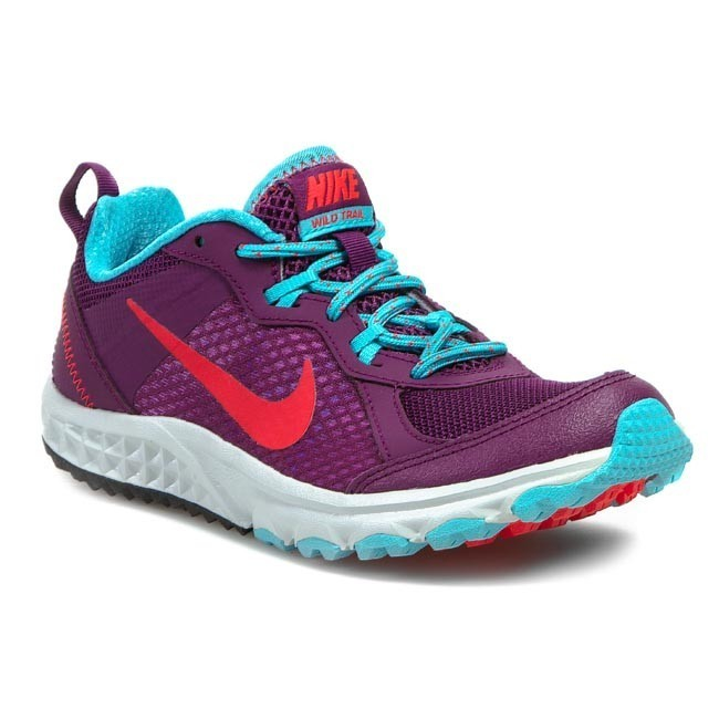 b32c825f21236 Topánky NIKE - WMNS Nike Wild Trail 643074 500 Bright Grape Laser  Crimson Polarized