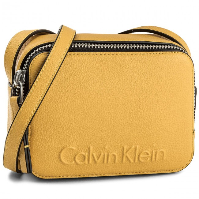 95064bf954 Kabelka CALVIN KLEIN - Edge Small Crossbody K60K604004 703 - Listové ...