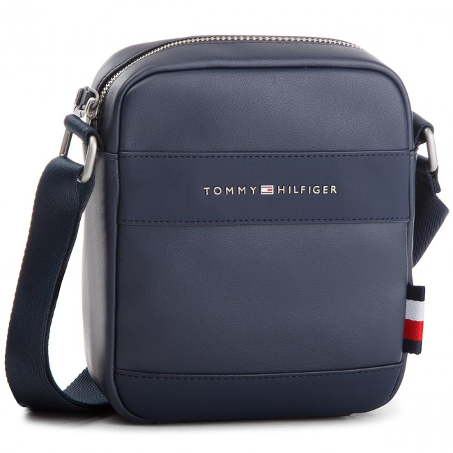 e2b231bf49 Ľadvinka TOMMY HILFIGER - Th City Mini Reporte AM0AM03582 413 ...