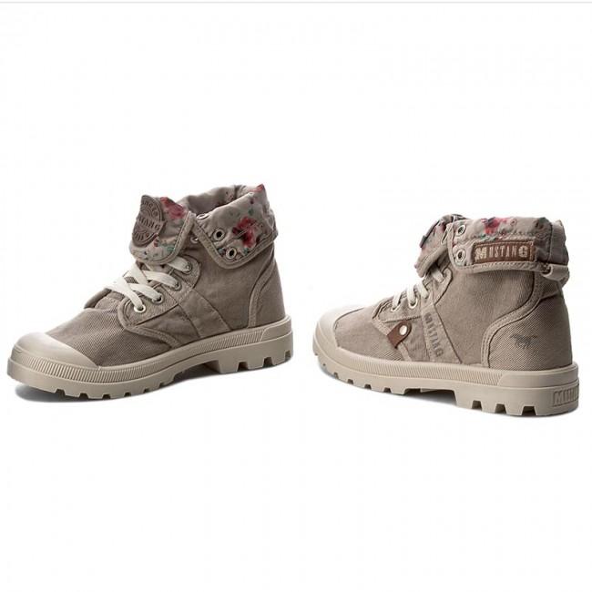 02b73f877a1a1 Outdoorová obuv MUSTANG - 38C0073 Ice - Outdoorové topánky - Čižmy a ...