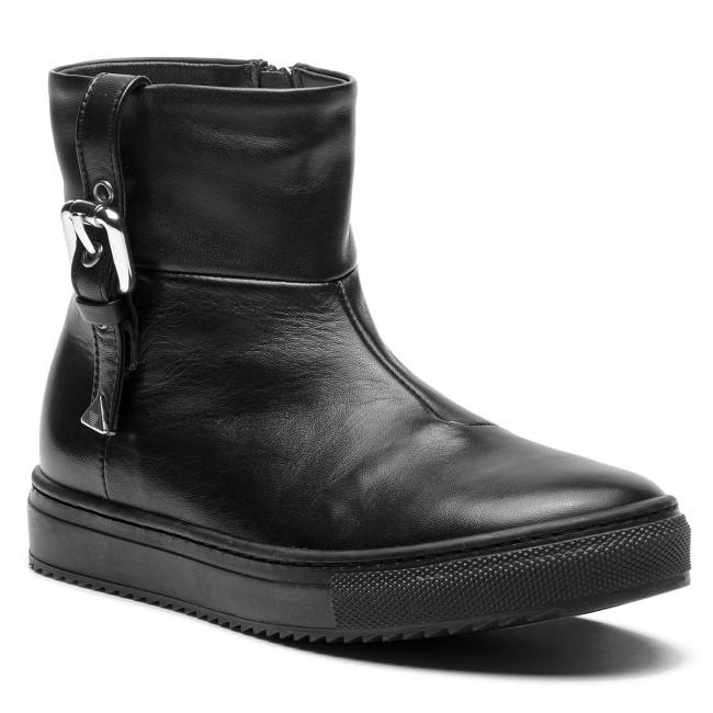 Outdoorová obuv EMPORIO ARMANI - XXN002 XOI05 00002 S Black