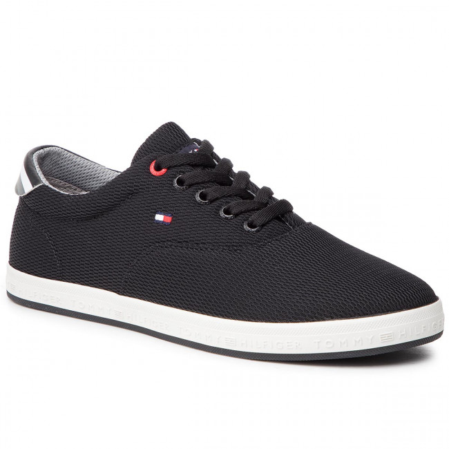 c827a4059 Tenisky TOMMY HILFIGER - Essential Oxford Textile Sneaker FM0FM02052 Black  990 - Plátenky a tenisky - Poltopánky - Pánske - eobuv.sk