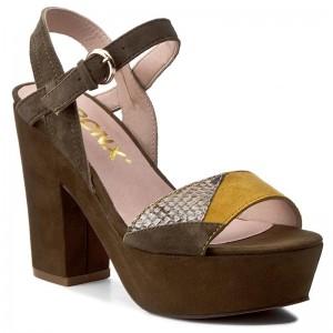 Sandále BRONX - 84604-C BX 1224 Silver 100 - Elegantné sandále ... f46d8c4dda9